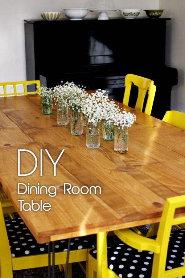 Check out the tutorial on how to make a #DIY dining table. Looks easy enough! #HomeDecorIdeas