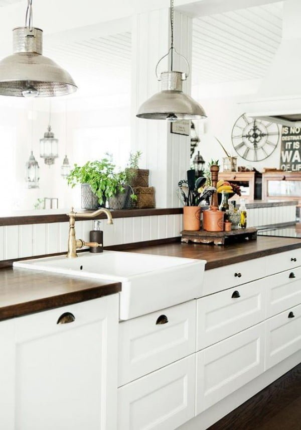 You have to see this #farmhouse kitchen decor idea with a wooden countertop. Love it! #HomeDecorIdeas