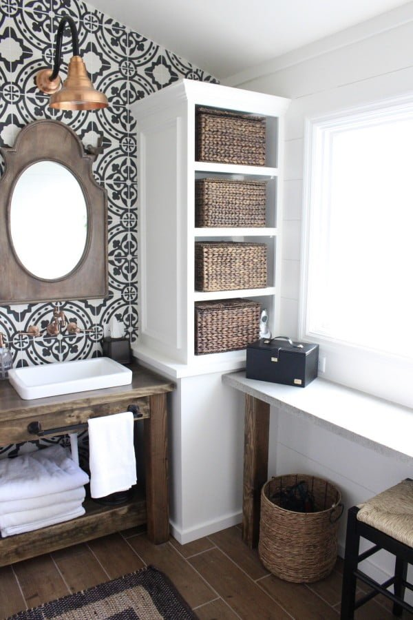 You have to see this #farmhouse bathroom decor idea with a wooden vanity. Love it! #HomeDecorIdeas