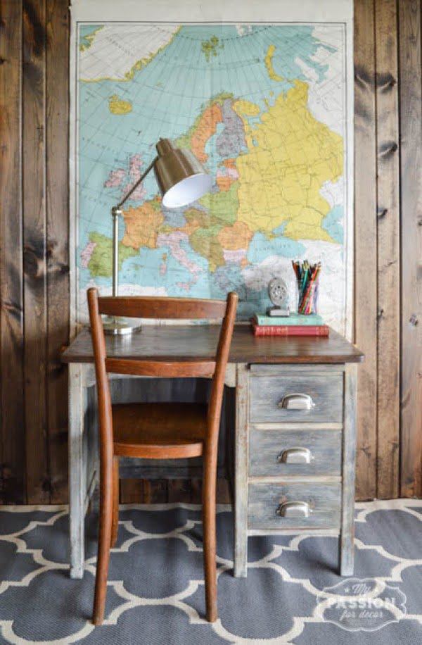 decor idea with a vintage desk. Love it!