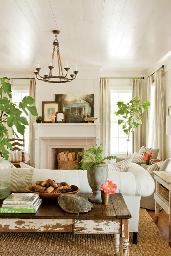 living room decor idea with vintage coffee table. Love it!