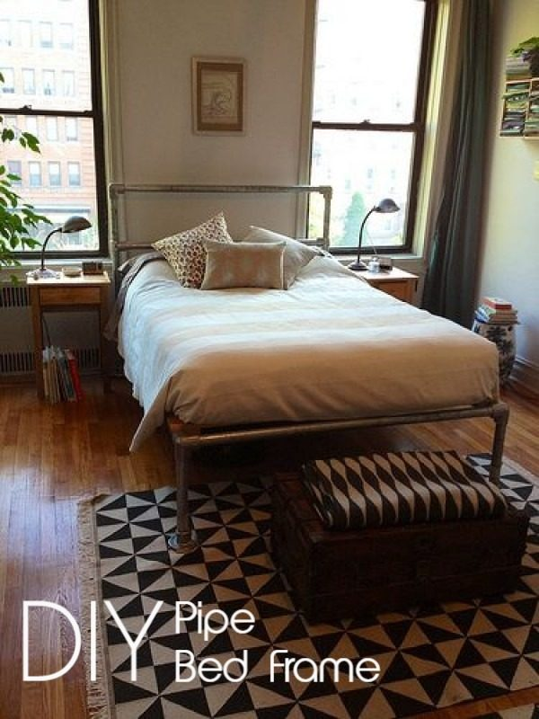 45 Easy DIY Bed Frame Projects You Can Build on a Budget - Check out the tutorial on how to make a #DIY pipe bed frame. Looks easy enough! #BedroomIdeas #HomeDecorIdeas