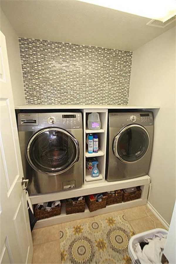 100 Fabulous Laundry Room Decor Ideas You Can Copy - You have to see this laundry room decor idea with a pattern backsplash. Love it!