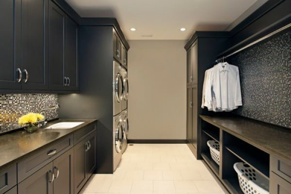 100 Fabulous Laundry Room Decor Ideas You Can Copy - You have to see this laundry room decor idea with classic cabinets. Love it!