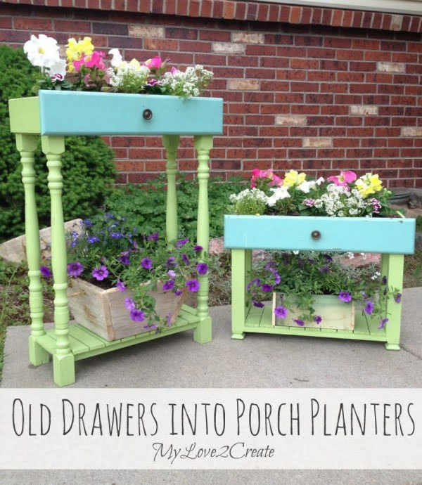 Great idea! Check out the tutorial on how to make a  old drawer garden planter