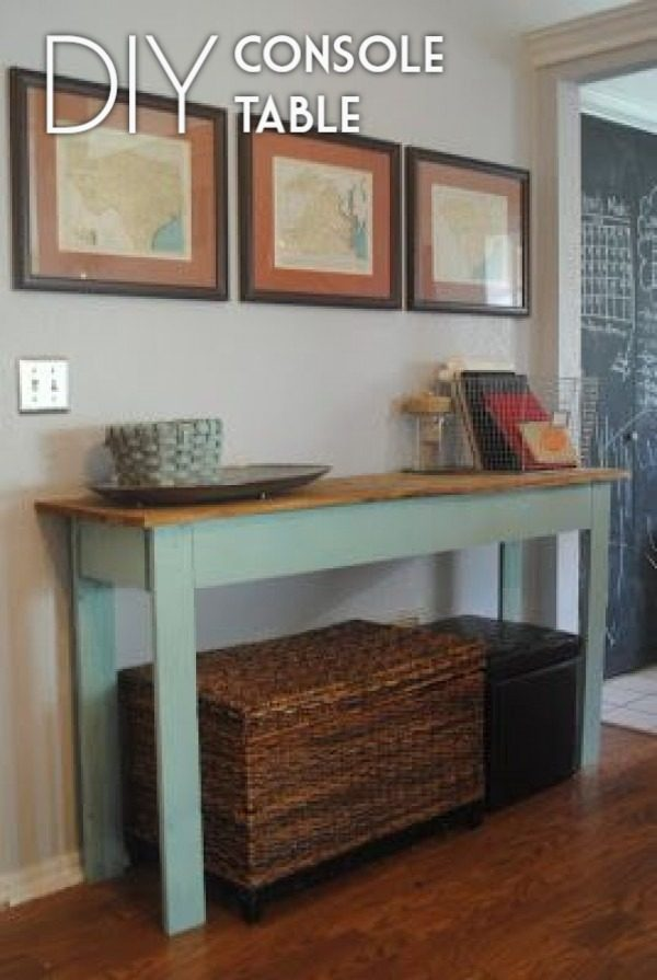 Check out the tutorial on how to make a #DIY console table. Looks easy enough! #HomeDecorIdeas
