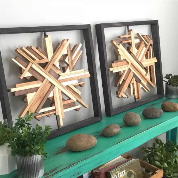 You have to see this #rustic wall decor idea with geometric wooden art. Love it! #HomeDecorIdeas