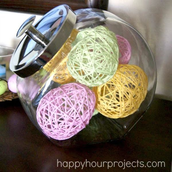 Check out this cute  decor idea with yarn eggs. Love it!