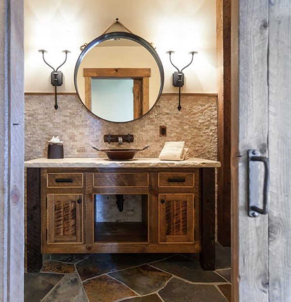 100 Cozy Rustic Farmhouse Bathroom Decor Ideas You Can Easily Copy - You have to see this bathroom decor idea with Victorian-era mirror and inset cabinets. Love it!