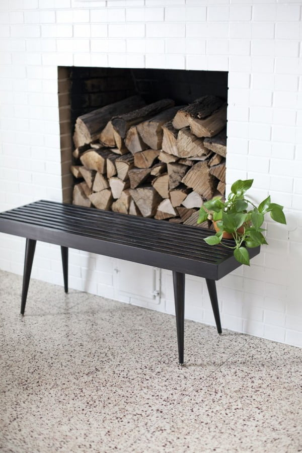 Check out the tutorial on how to make a #DIY slatwood bench. Looks easy enough! #HomeDecorIdeas