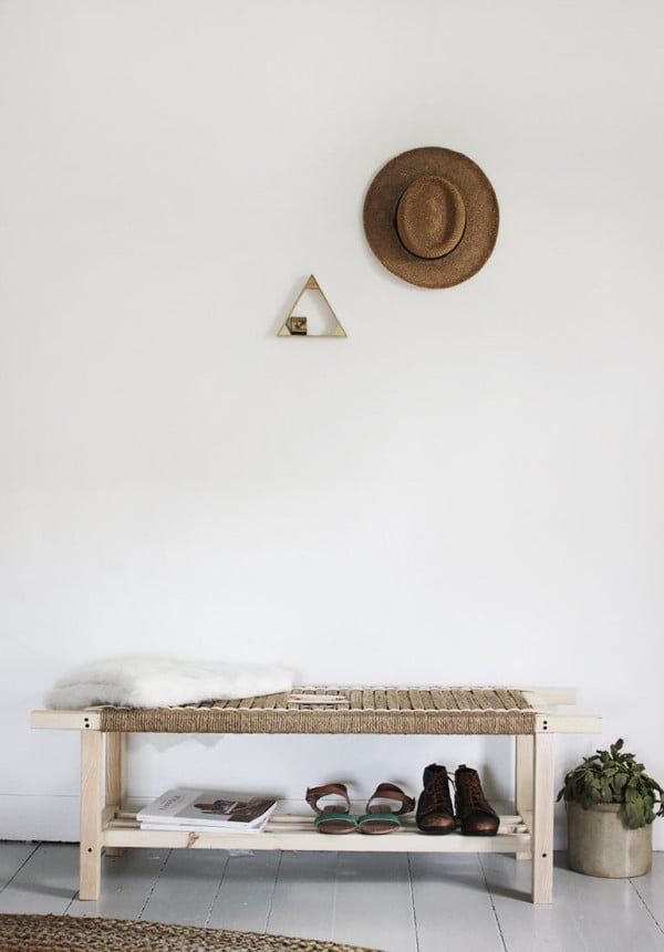 Check out the tutorial on how to make a #DIY woven bench. Looks easy enough! #HomeDecorIdeas