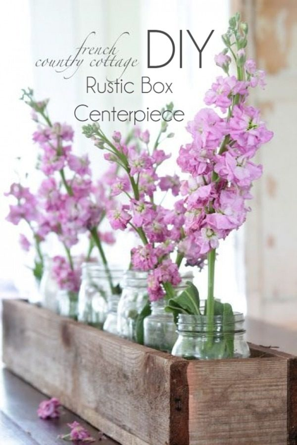 How to make a   centerpiece. Looks easy enough!