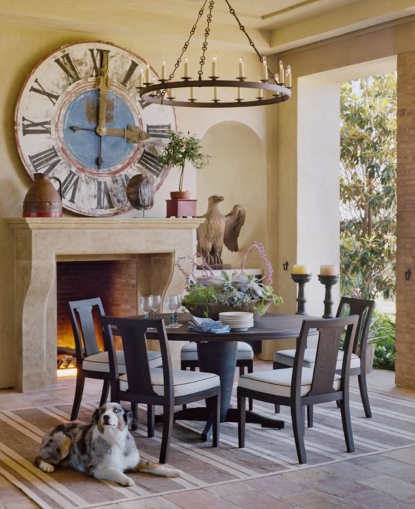 You have to see this #farmhouse decor idea with beige marble fireplace and ornamental in-built piedestal Love it! #FarmhouseDecor #HomeDecorIdeas