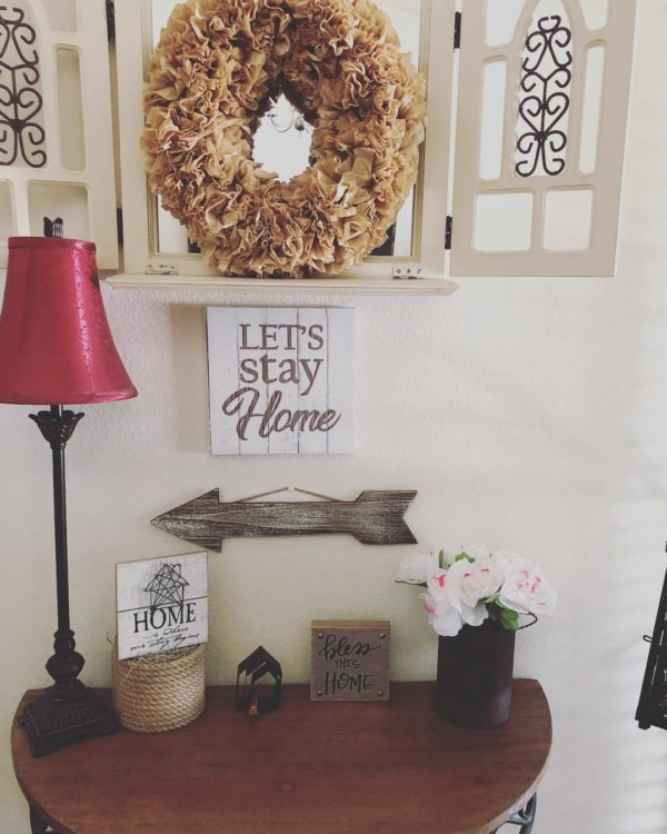 You have to see this #farmhouse decor idea with a statement burgundy nightlamp and adjustable wood corner table. Love it! #FarmhouseDecor #HomeDecorIdeas