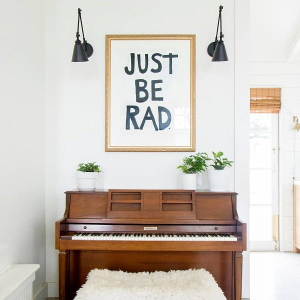 decor idea with white radiator and bar-like lighting. Love it!
