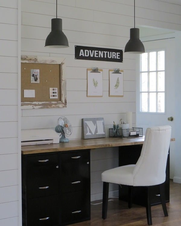 100 Charming Farmhouse Decor Ideas for Your Home Office - You have to see this #farmhouseoffice decor idea with outside window door and soft hardwood flooring. Love it! #FarmhouseOfficeDecor #HomeDecorIdeas