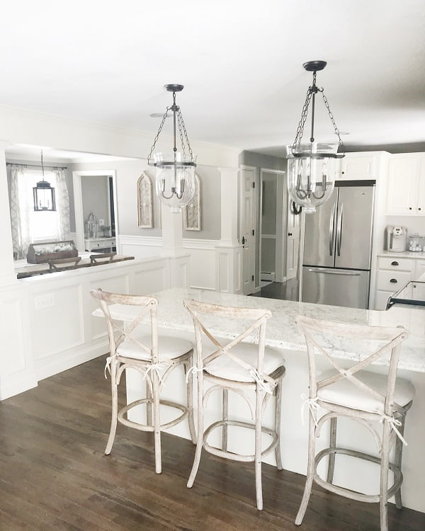 100 Stunning Farmhouse Kitchen Decor Ideas You Have to Try - You have to see this #farmhousekitchen decor idea with open wall and a silver fridge. Love it! #FarmhouseKitchen #HomeDecorIdeas