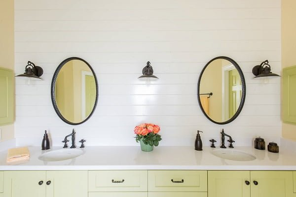 100 Inspiring Farmhouse Sink Ideas for the Kitchen and Bathroom - You have to see this sink decor idea with widespread retro faucets and brass liquid soap containers. Love it!