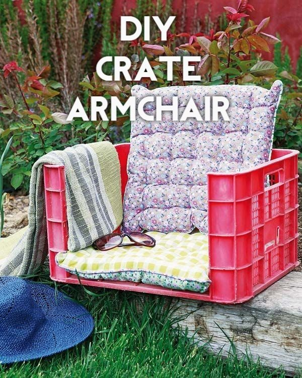 Great idea! Check out the tutorial on how to make a #DIY outdoor crate armchair. #HomeDecorIdeas