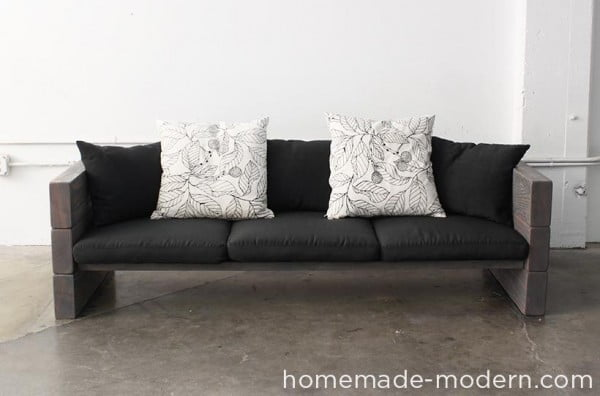 Great idea! Check out the tutorial on how to make a #DIY outdoor sofa. #HomeDecorIdeas