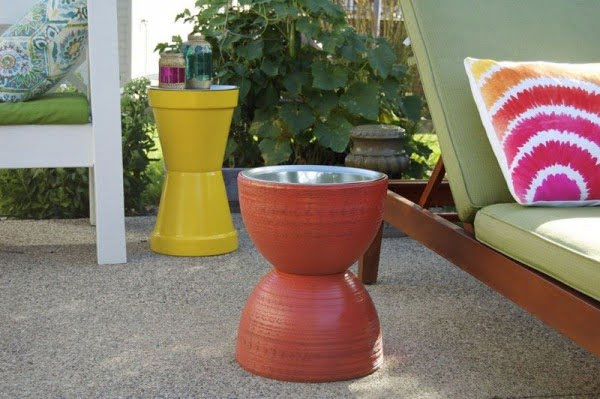 Great idea! Check out the tutorial on how to make a #DIY outdoor flower pot sidetables. #HomeDecorIdeas
