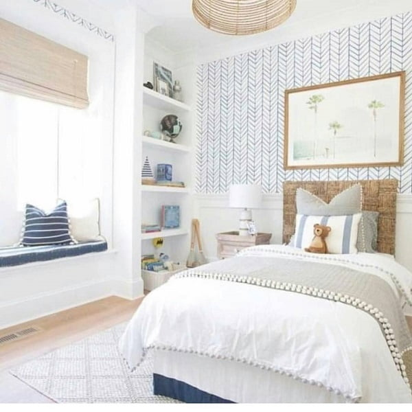 You have to see this #modernfarmhouse decor idea with blue etno wallpaper and built-in shelf rack. Love it! #ModernFarmhouseDecor #HomeDecorIdeas