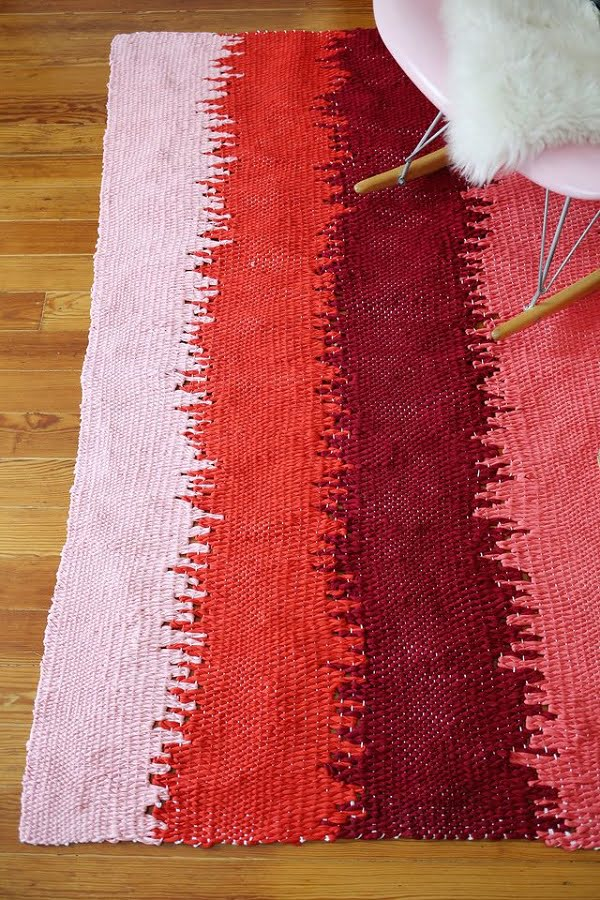 How to make a #DIY DIY Static Lines Woven Rug