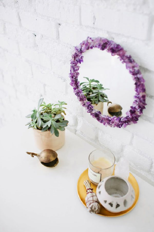 50 Fab DIY Mirror Frames You Can Easily Make Yourself - How to make a DIY amethyst mirror #DIY #homedecor