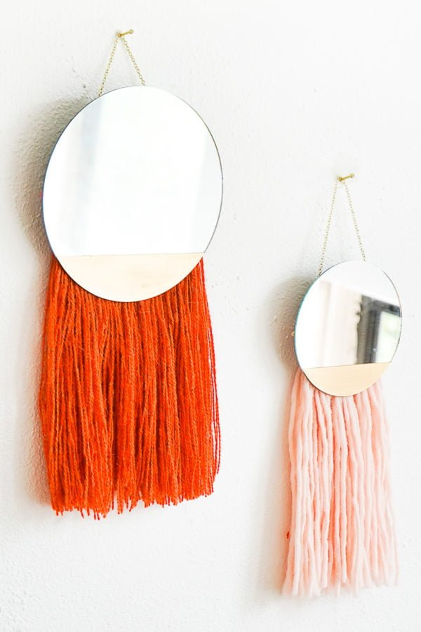 50 Fab DIY Mirror Frames You Can Easily Make Yourself - How to make a DIY fringed mirror #DIY #homedecor