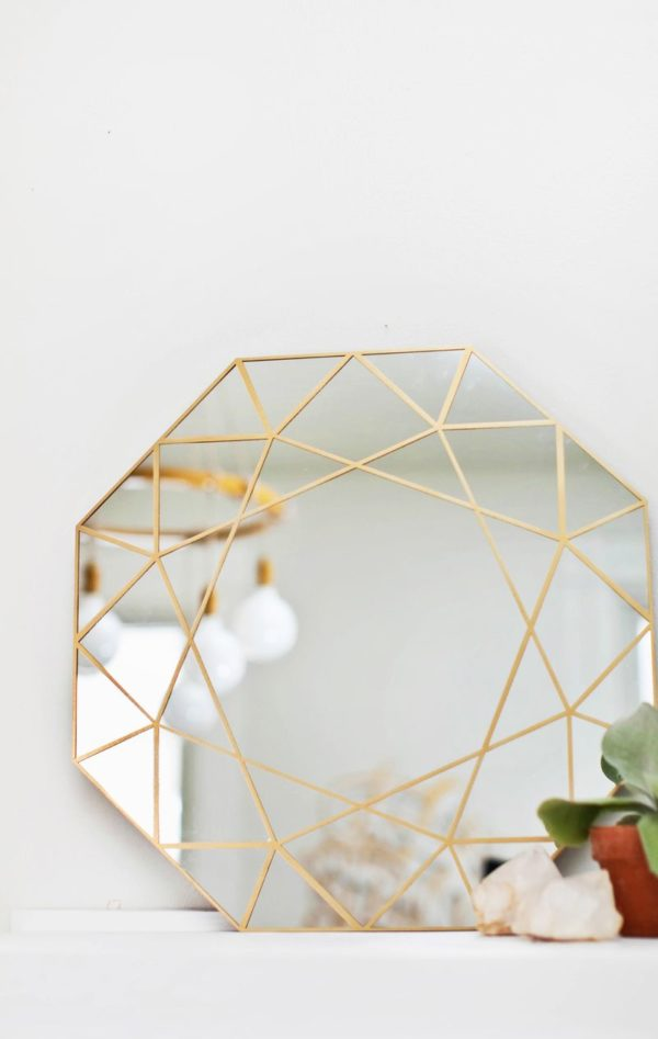 50 Fab DIY Mirror Frames You Can Easily Make Yourself - How to make a DIY gem mirror #DIY #homedecor