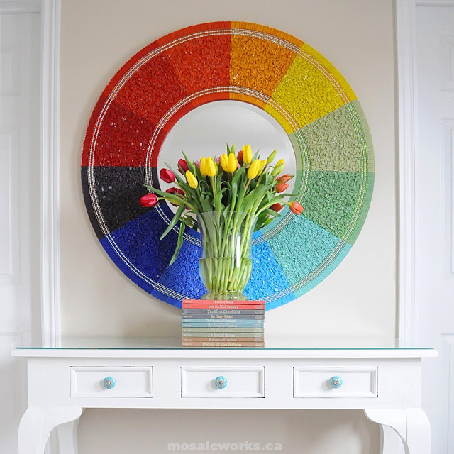 50 Fab DIY Mirror Frames You Can Easily Make Yourself - How to make a DIY sunburst mirror