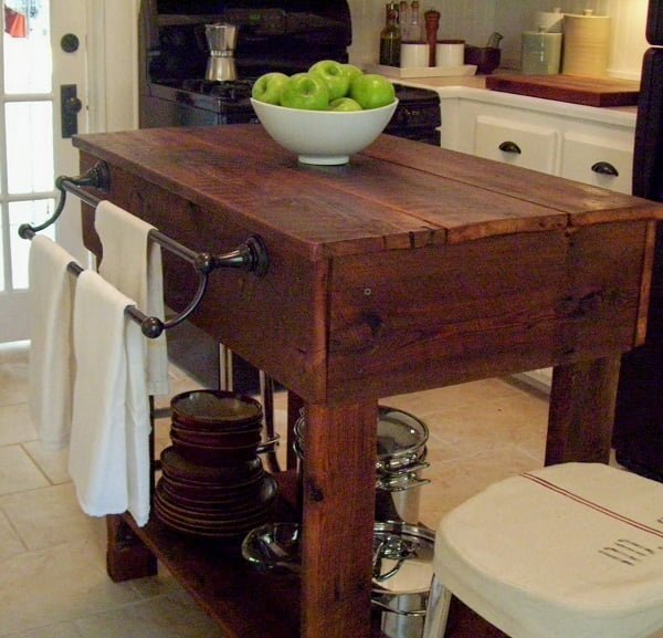 25 Easy DIY Kitchen Island Ideas That You Can Build on a Budget - How to make a  Rustic Kitchen Island