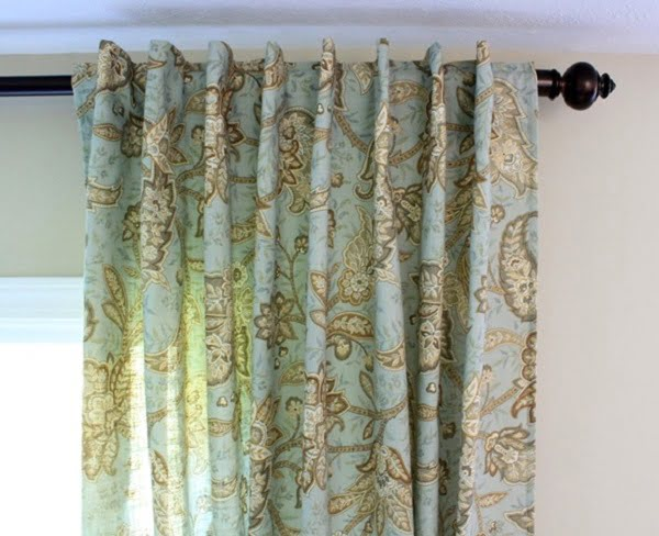 How to make #DIY Tablecloth Curtains #homedecor