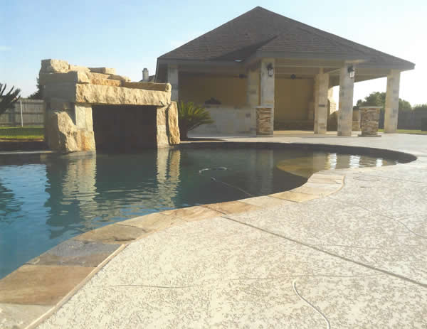Laying concrete pool deck
