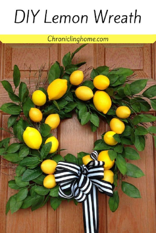 Lemon wreath front decor idea #homedecor