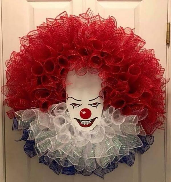 Clown head  wreath idea