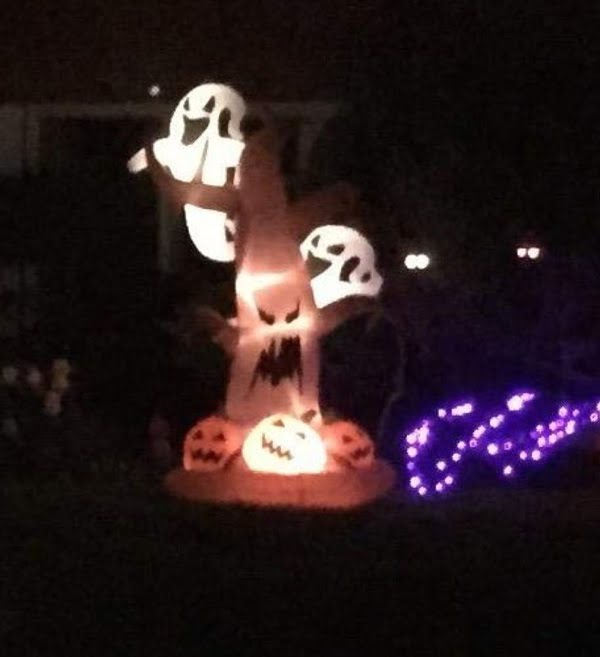 Dead tree Halloween inflatable