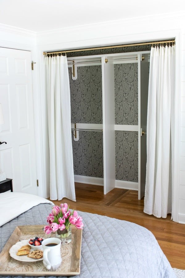How to make  closet with curtains