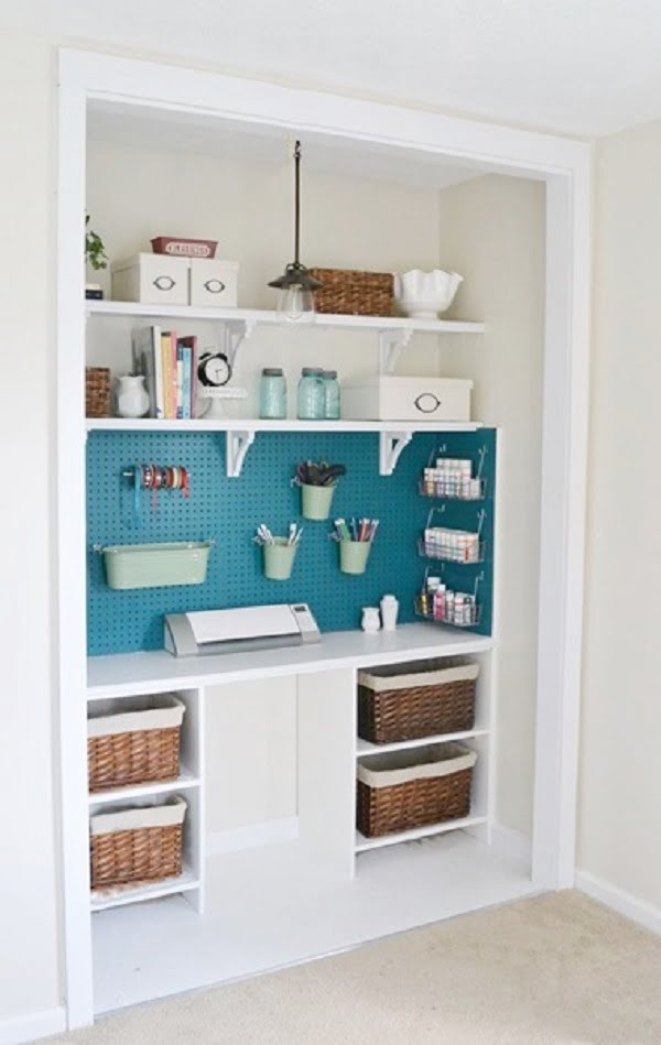 How to build a  closet with a pegboard organizer