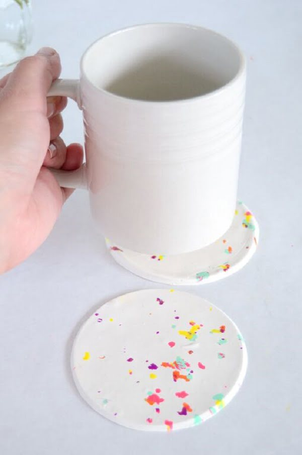 How to make  confetti coasters