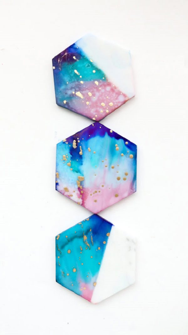 How to make  galaxy color coasters