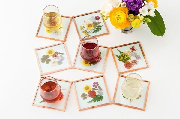 How to make  pressed flower coasters
