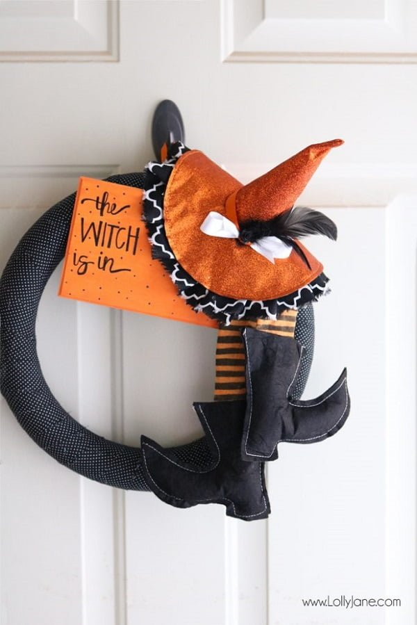 How to make a  witch Halloween wreath