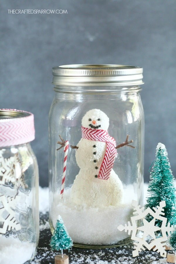 How to make a festive  snow globe