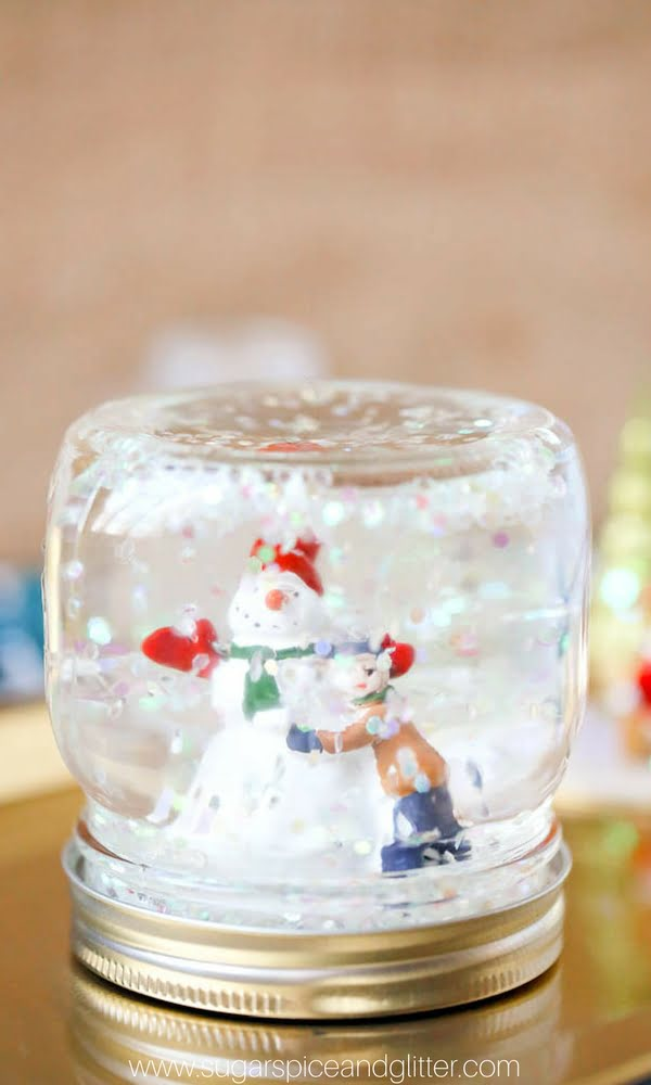 How to make a glitter  snow globe