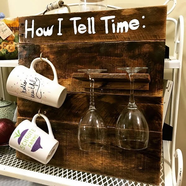 Coffee mug holder rack pallet art idea