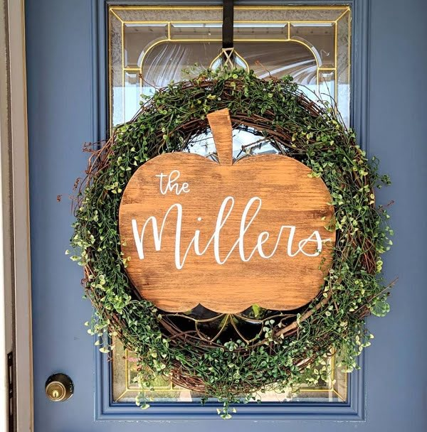 Rustic pumpkin wreath front door decor idea