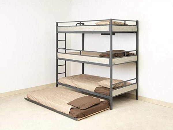Triple trunk bed with trundle