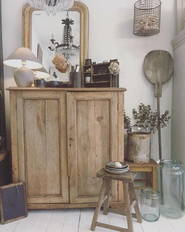 Vintage shaker rustic kitchen cabinets