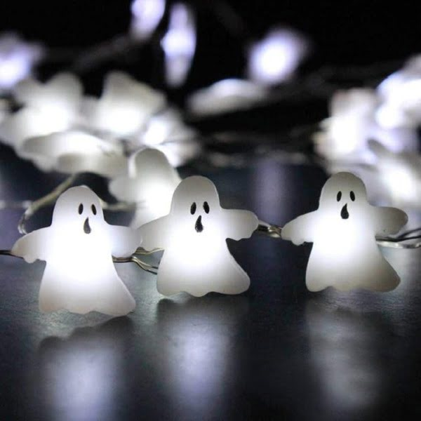 White ghosts Halloween lights